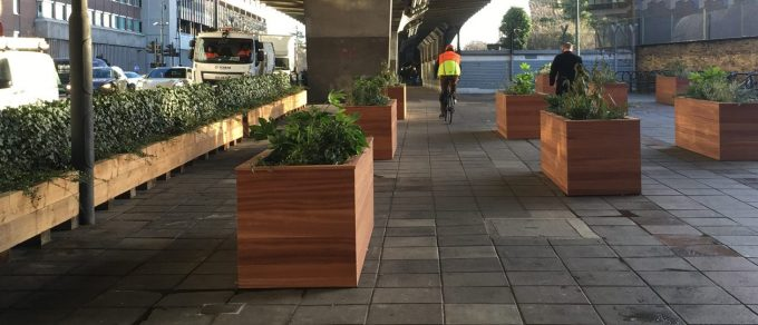 Living Green Screens Hammersmith Flyover