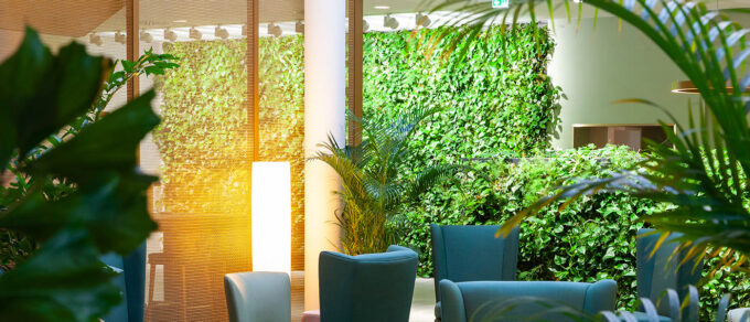 Mobilane LivePanel Indoor living wall room divider Movenpick Hotel Stuttgart