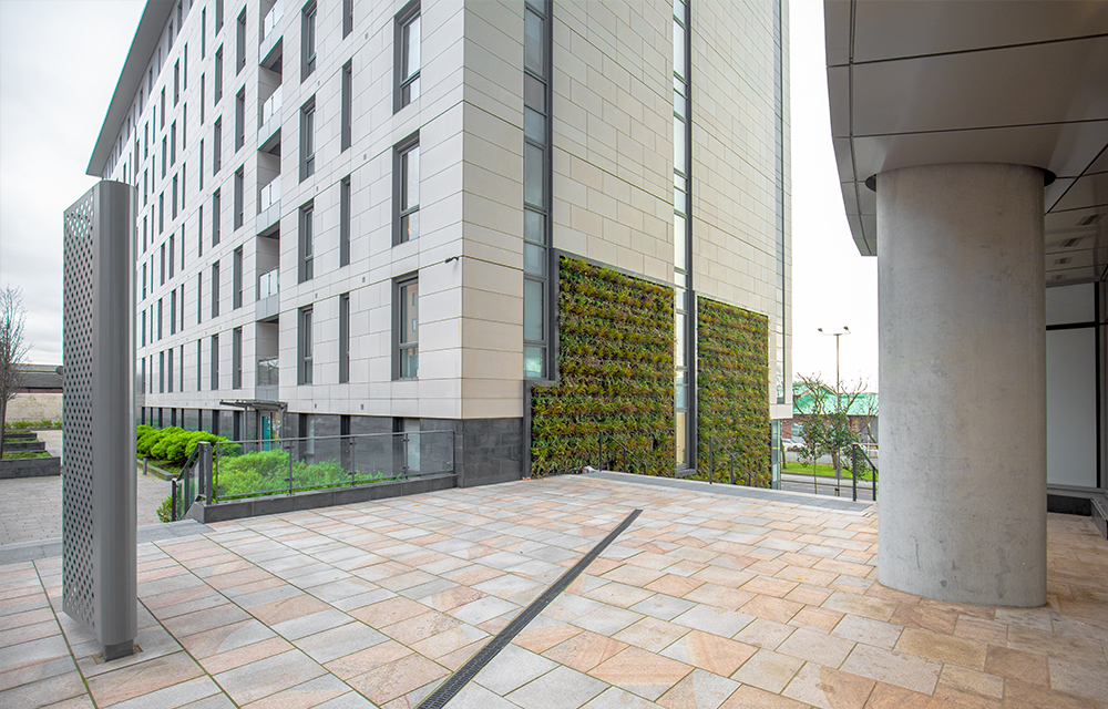 Mobilane LivePanel Outdoor LivePanel Liverpool green wall waterfront apartments