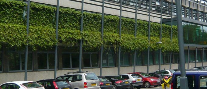 Mobilane WallPlanter WallPlanter bij het Kendal College in Engeland