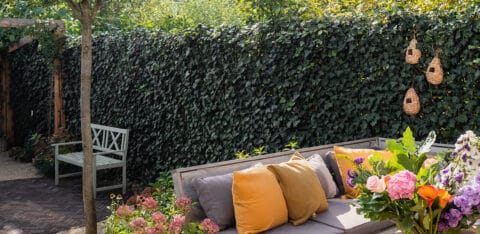Mobilan Garden inspiration: various ways to use green fences