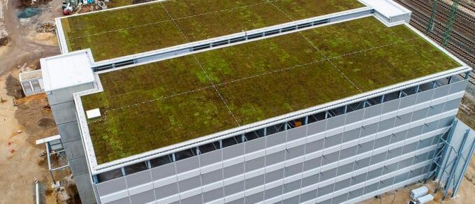 Mobilane website Header Extensieve dakbegroeiing parkeergarage Hornschuchpromenade in Fürth Duitsland